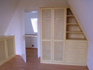 Schlaf- und Kleiderzimmer 14