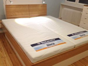 Schlaf- und Kleiderzimmer 01